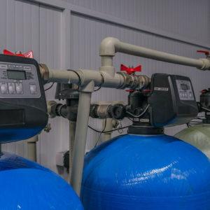 Системы фильтрации воды (обезжелезивания, умягчения и сорбции)